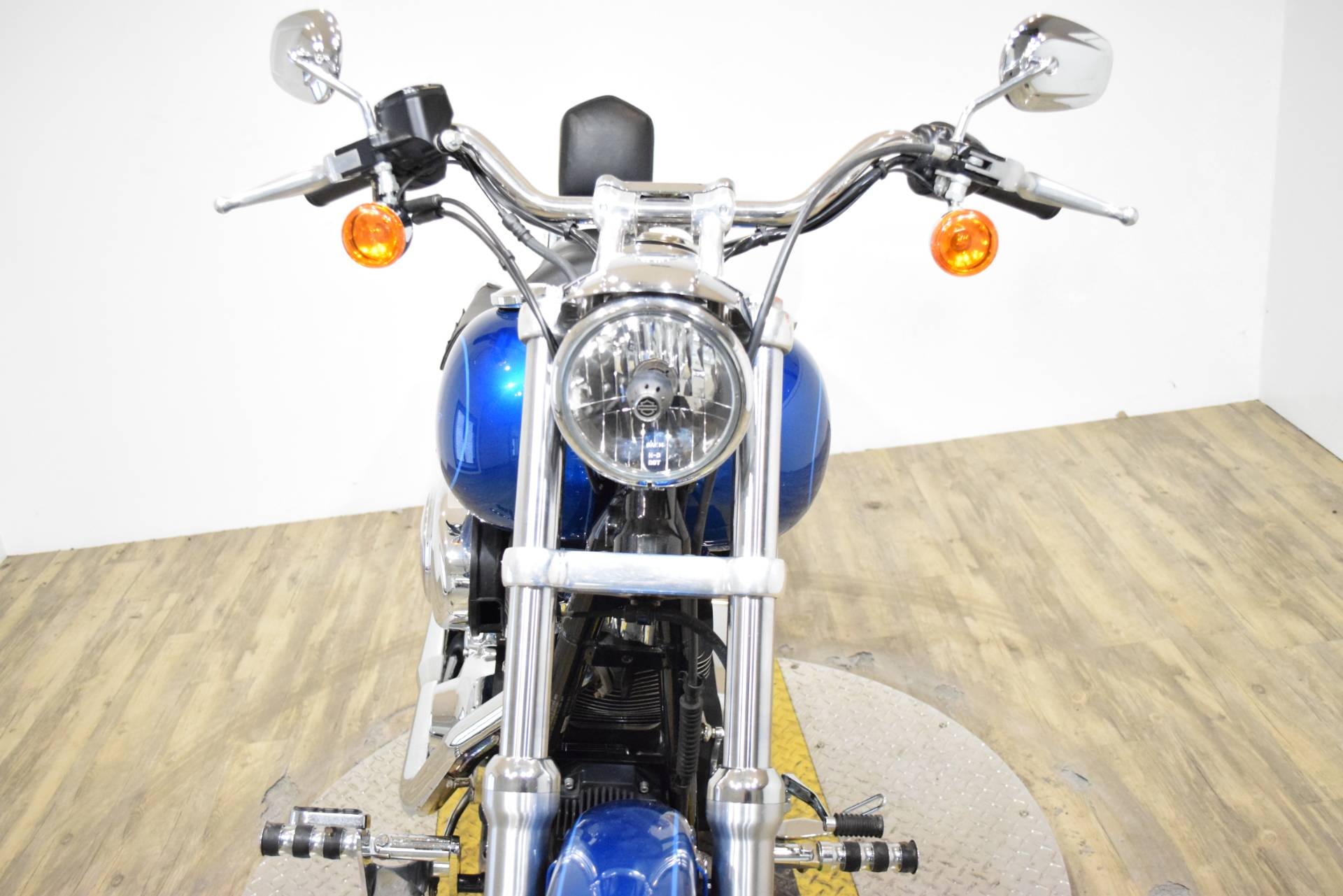 2005 Harley-Davidson FXDL/FXDLI Dyna Low Rider® in Wauconda, Illinois - Photo 12