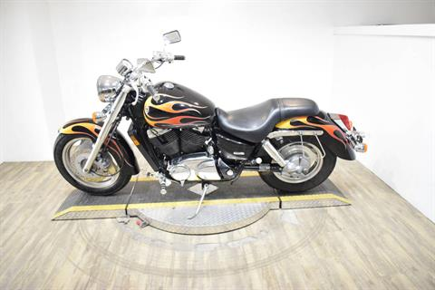 2007 Honda Shadow Sabre™ in Wauconda, Illinois - Photo 15