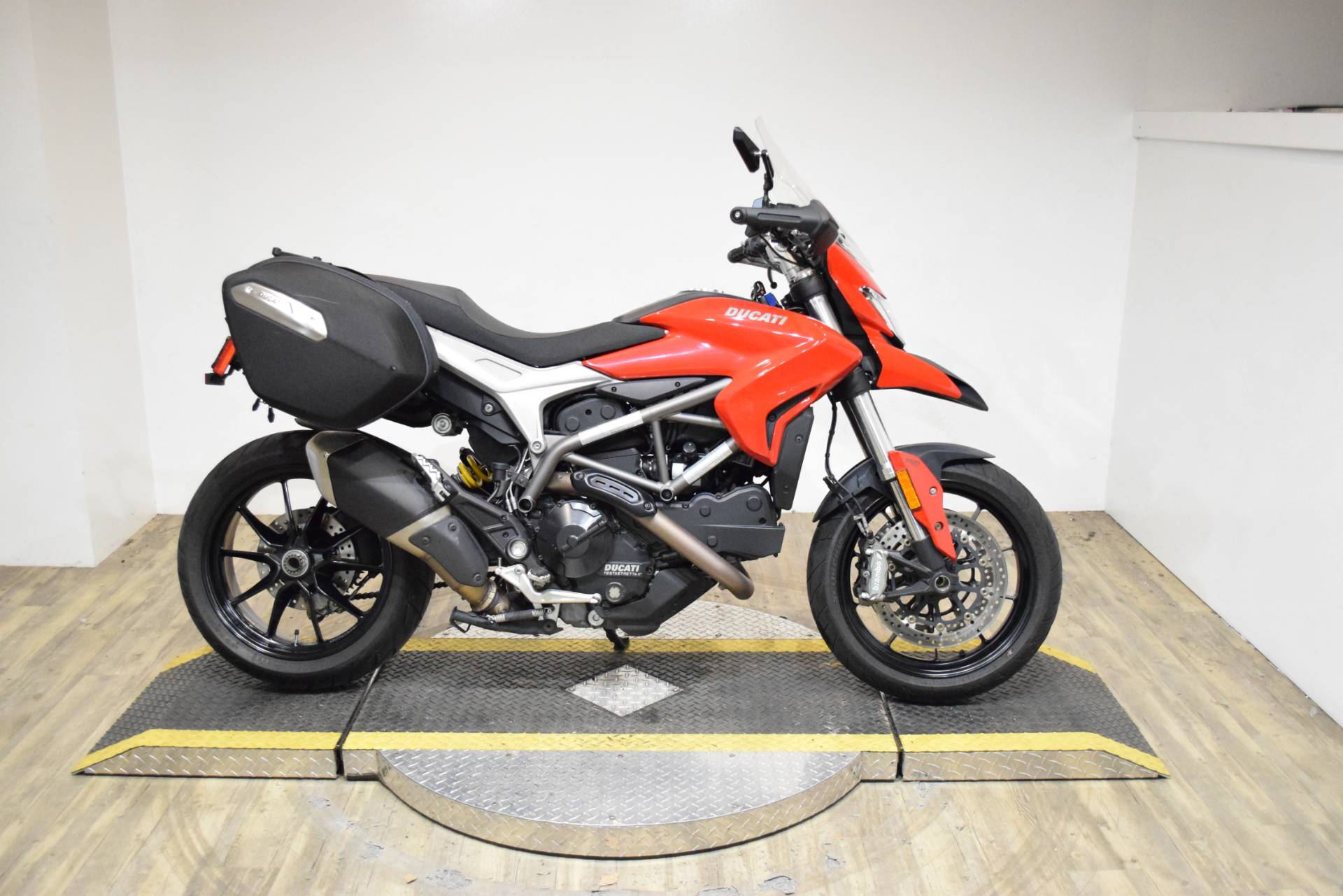 2015 Ducati Hyperstrada in Wauconda, Illinois - Photo 1