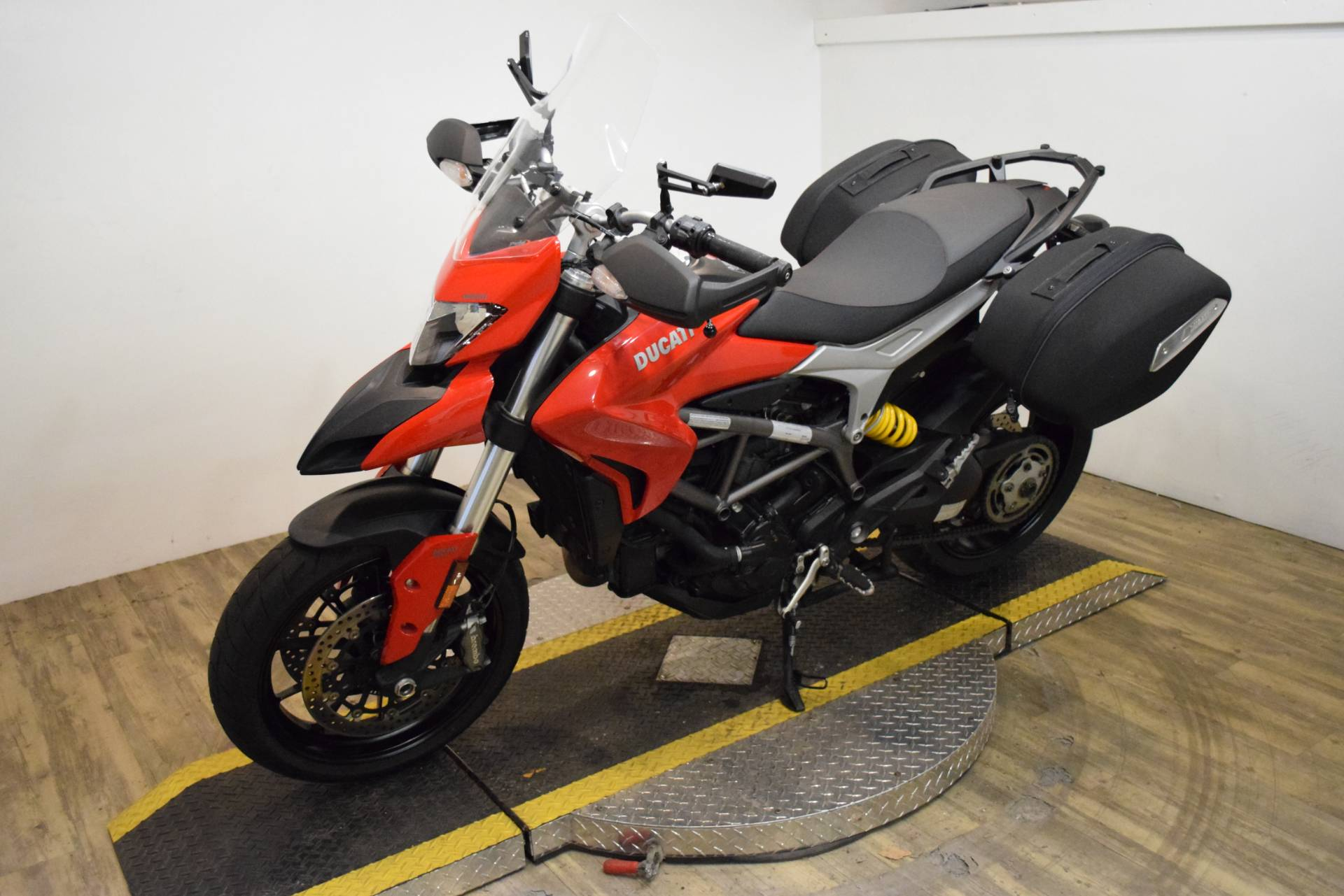 2015 Ducati Hyperstrada in Wauconda, Illinois - Photo 22