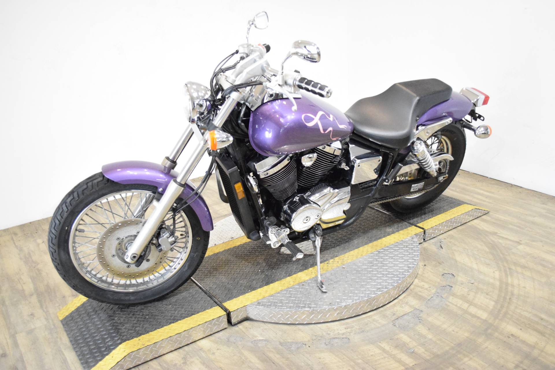 2001 Honda Shadow 750 in Wauconda, Illinois - Photo 22