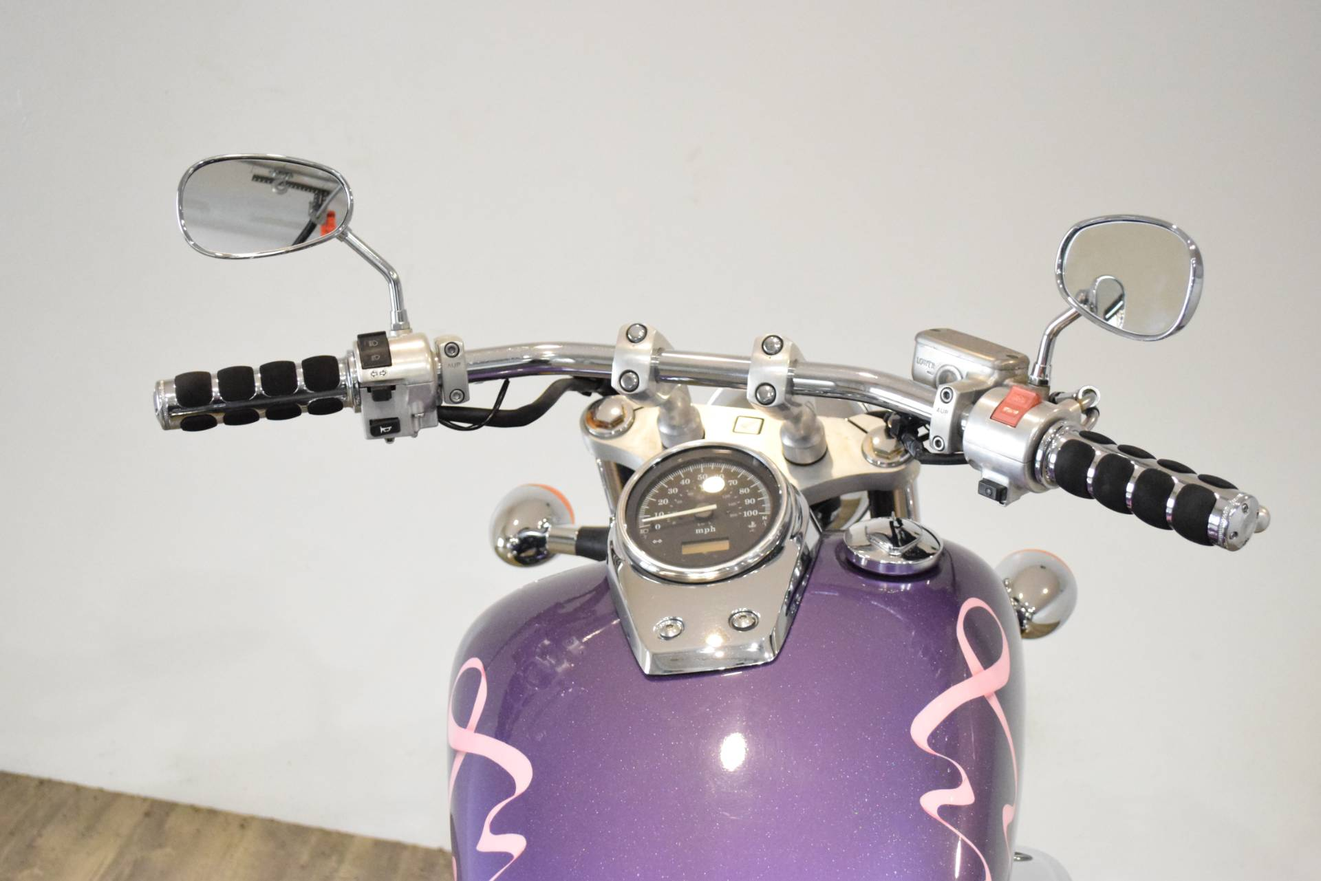 2001 Honda Shadow 750 in Wauconda, Illinois - Photo 27