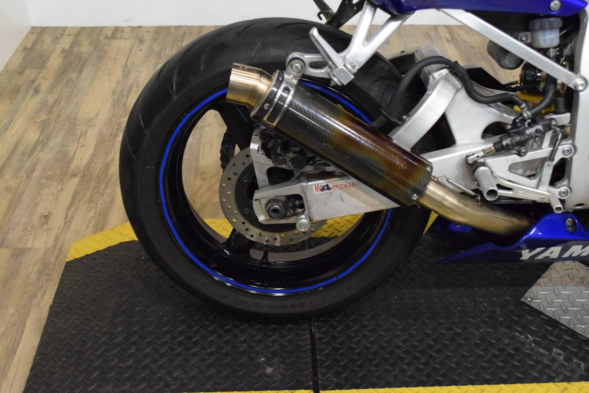 2000 Yamaha YZFR6 9
