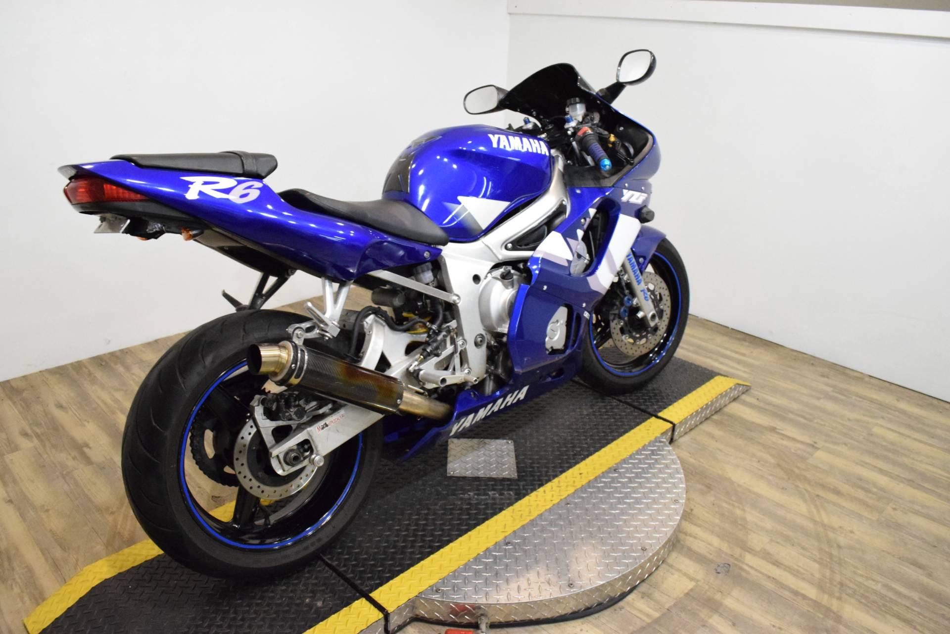 2000 Yamaha YZFR6 10