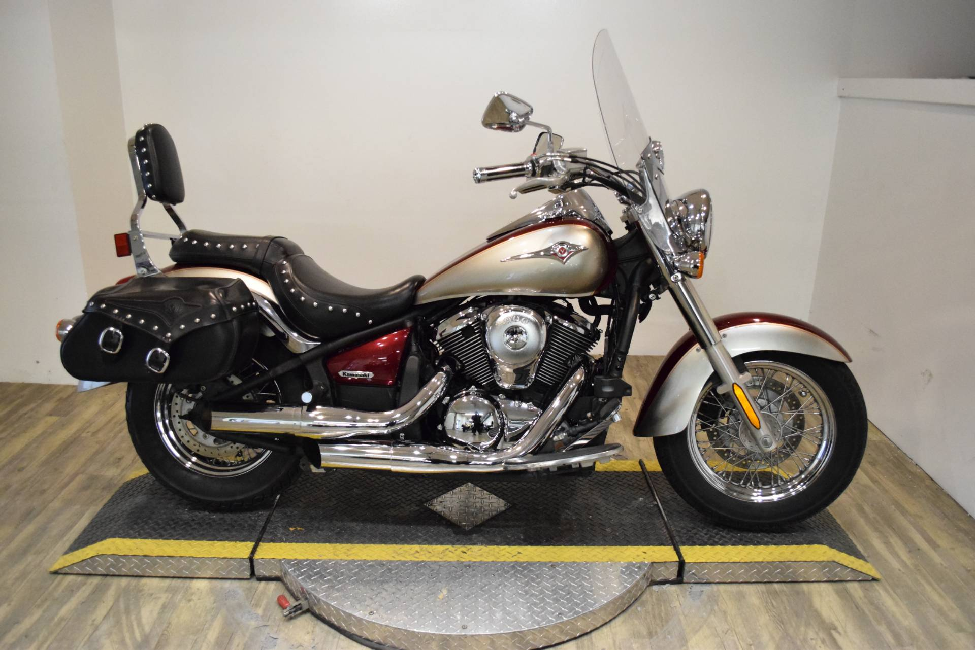 2009 Kawasaki Vulcan® 900 Classic LT in Wauconda, Illinois - Photo 1