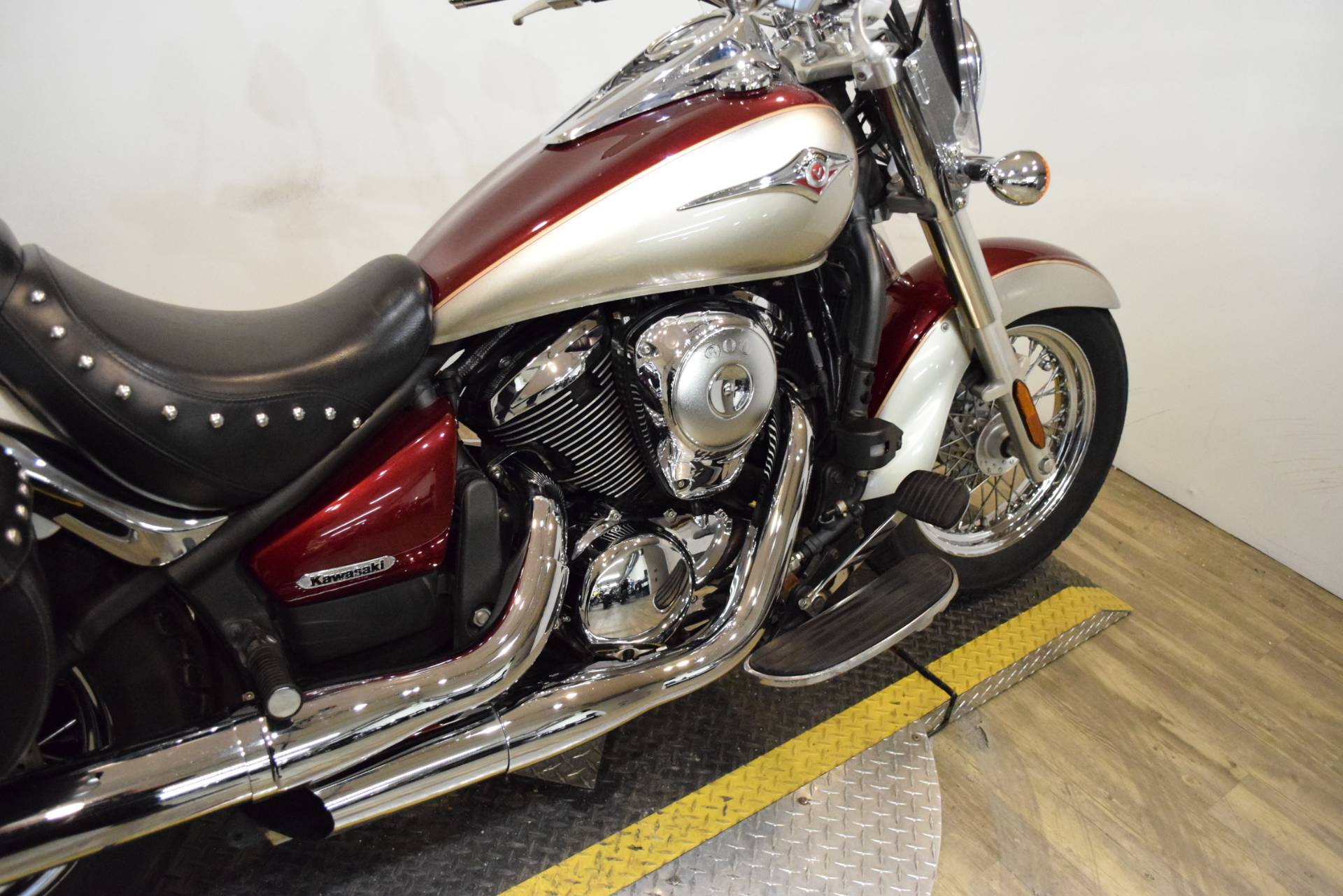 2009 Kawasaki Vulcan® 900 Classic LT in Wauconda, Illinois - Photo 6
