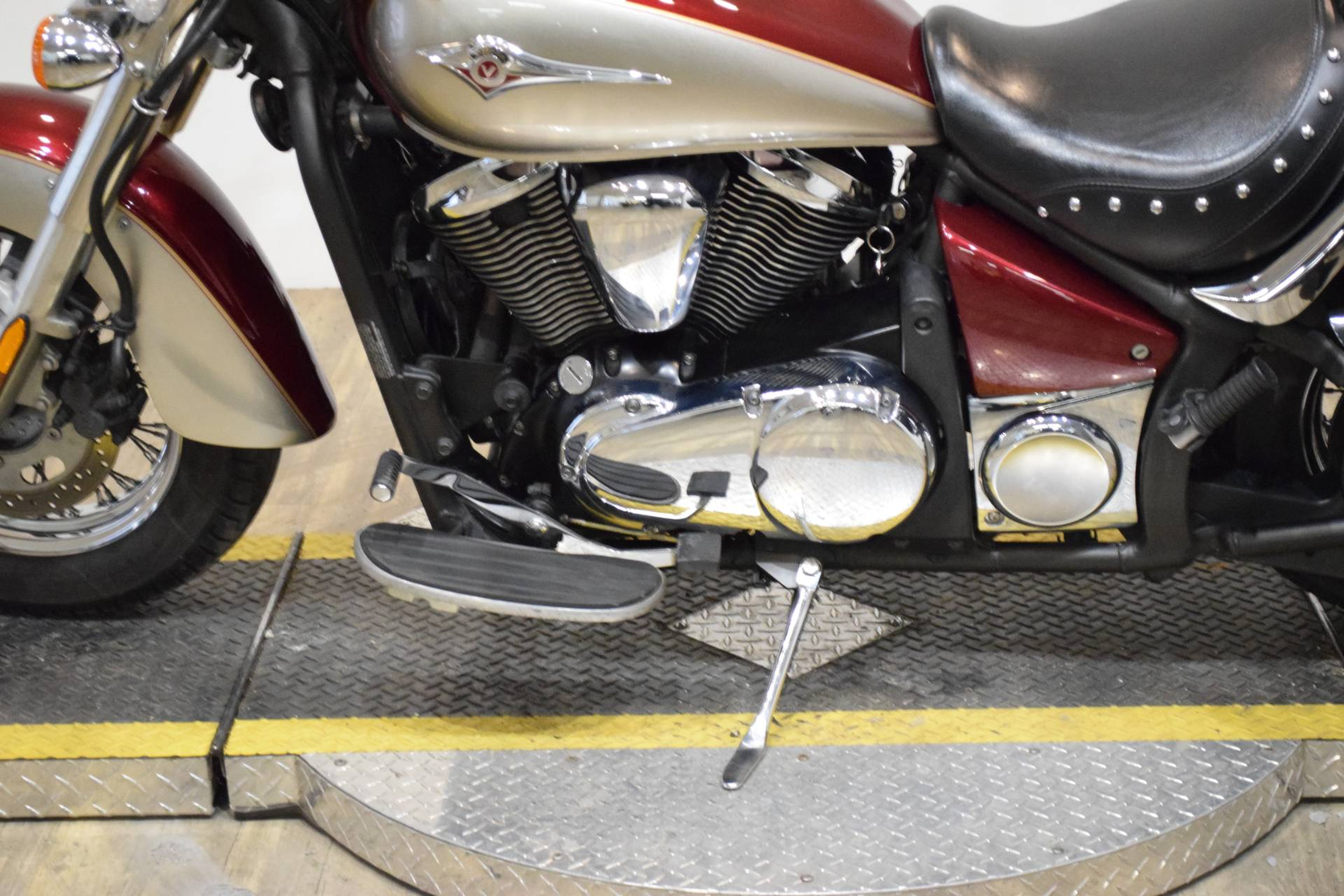 2009 Kawasaki Vulcan® 900 Classic LT in Wauconda, Illinois - Photo 18