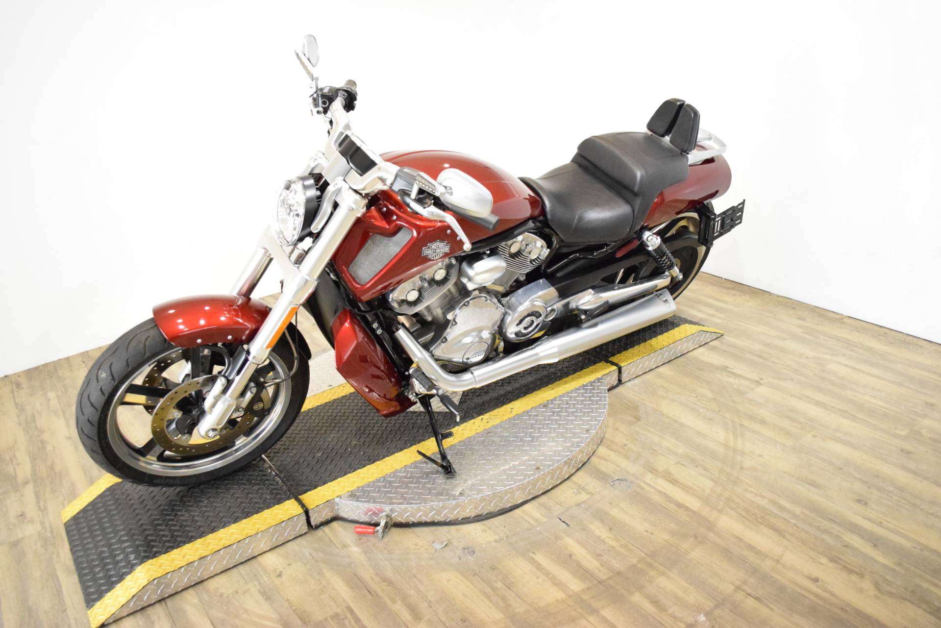 2009 Harley-Davidson V-Rod® Muscle™ in Wauconda, Illinois - Photo 23