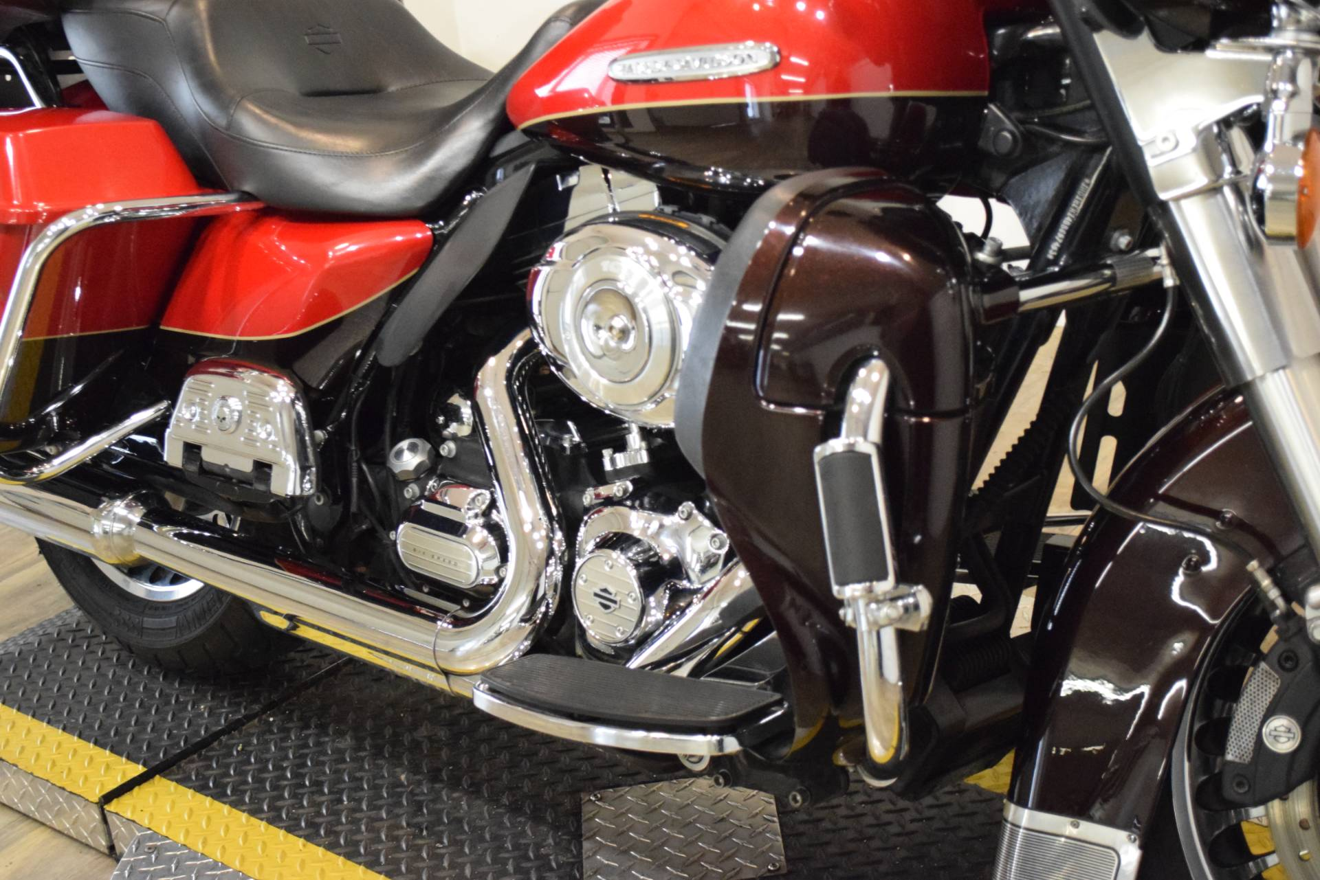 2011 Harley-Davidson Electra Glide® Ultra Limited in Wauconda, Illinois - Photo 4