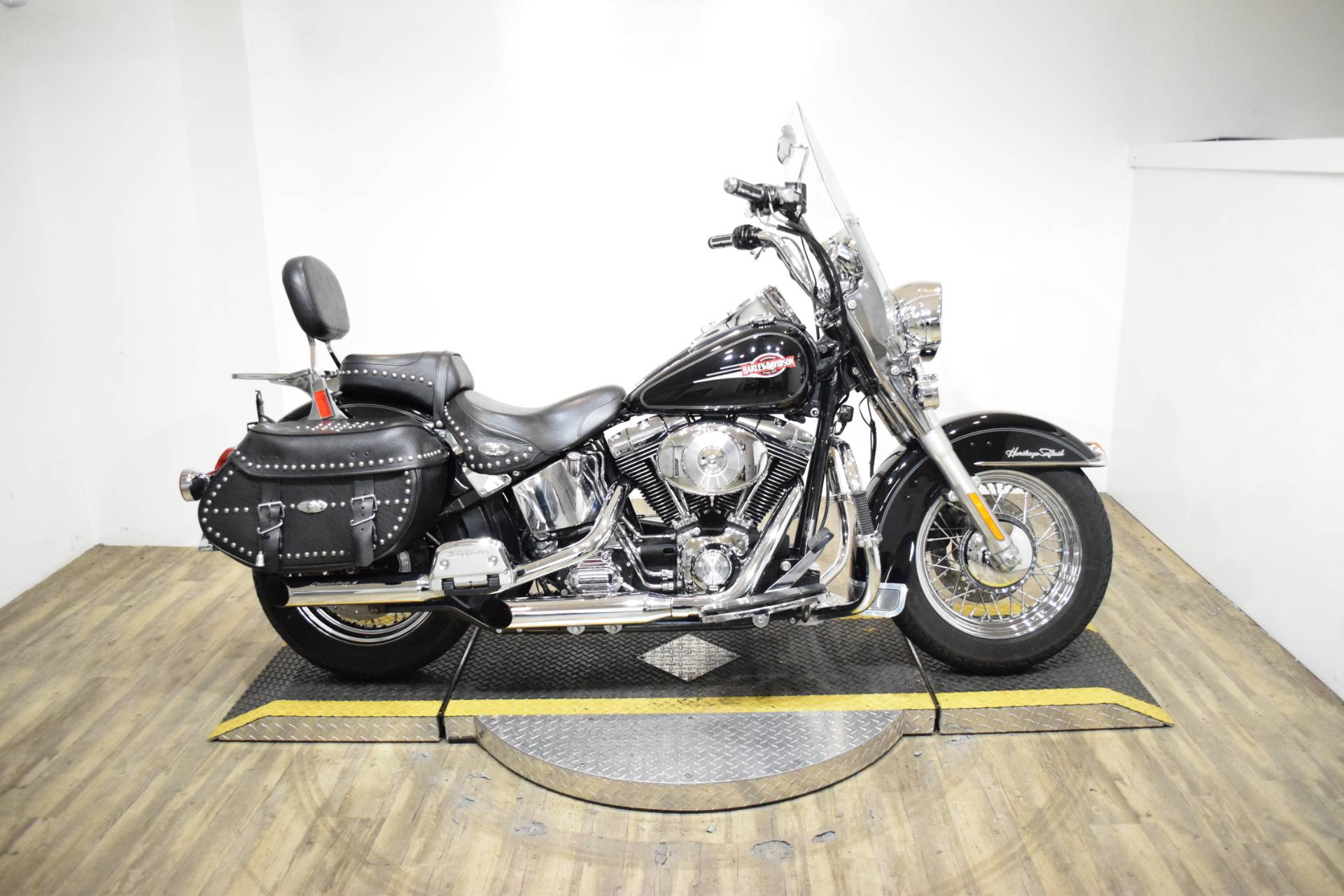 2005 Harley-Davidson FLSTC/FLSTCI Heritage Softail® Classic in Wauconda, Illinois - Photo 1