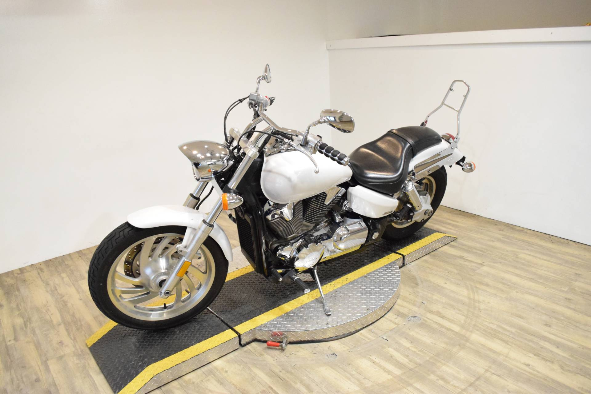 2007 Honda VTX 1300 in Wauconda, Illinois - Photo 22