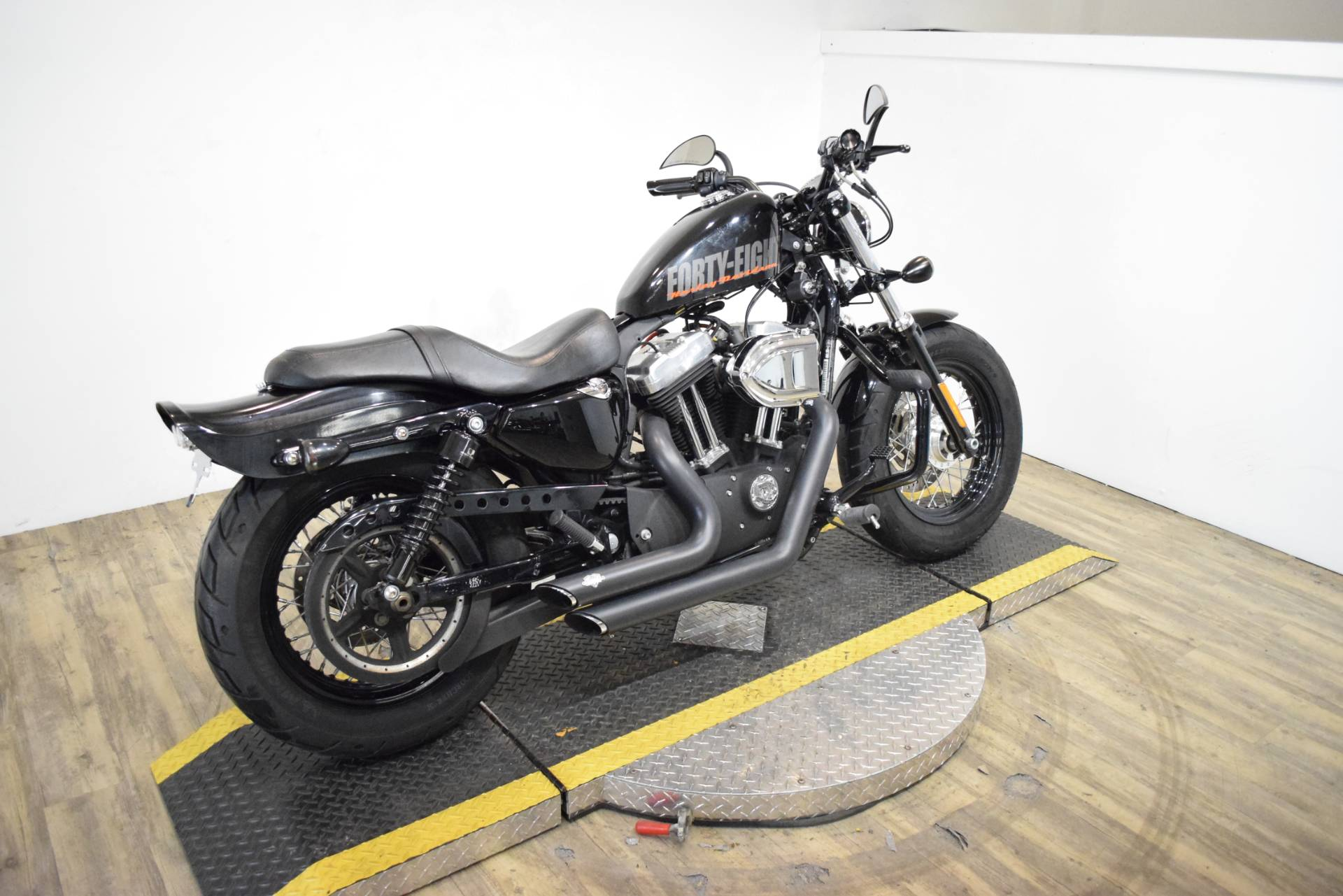2013 Harley-Davidson Sportster® Forty-Eight® in Wauconda, Illinois - Photo 9