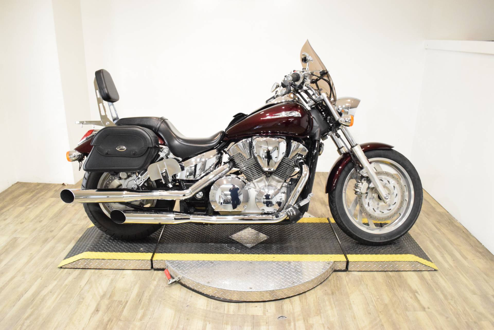 2007 Honda VTX™1300C in Wauconda, Illinois - Photo 1