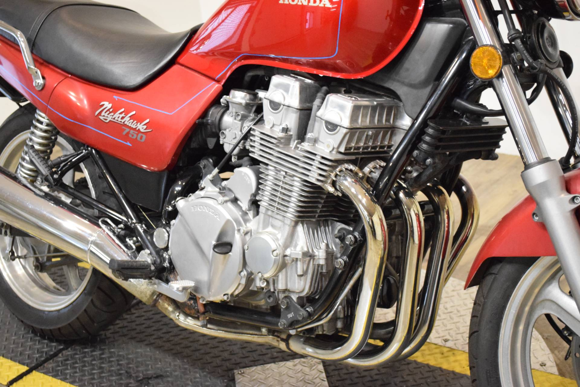 1992 Honda Nighthawk 750 in Wauconda, Illinois - Photo 4