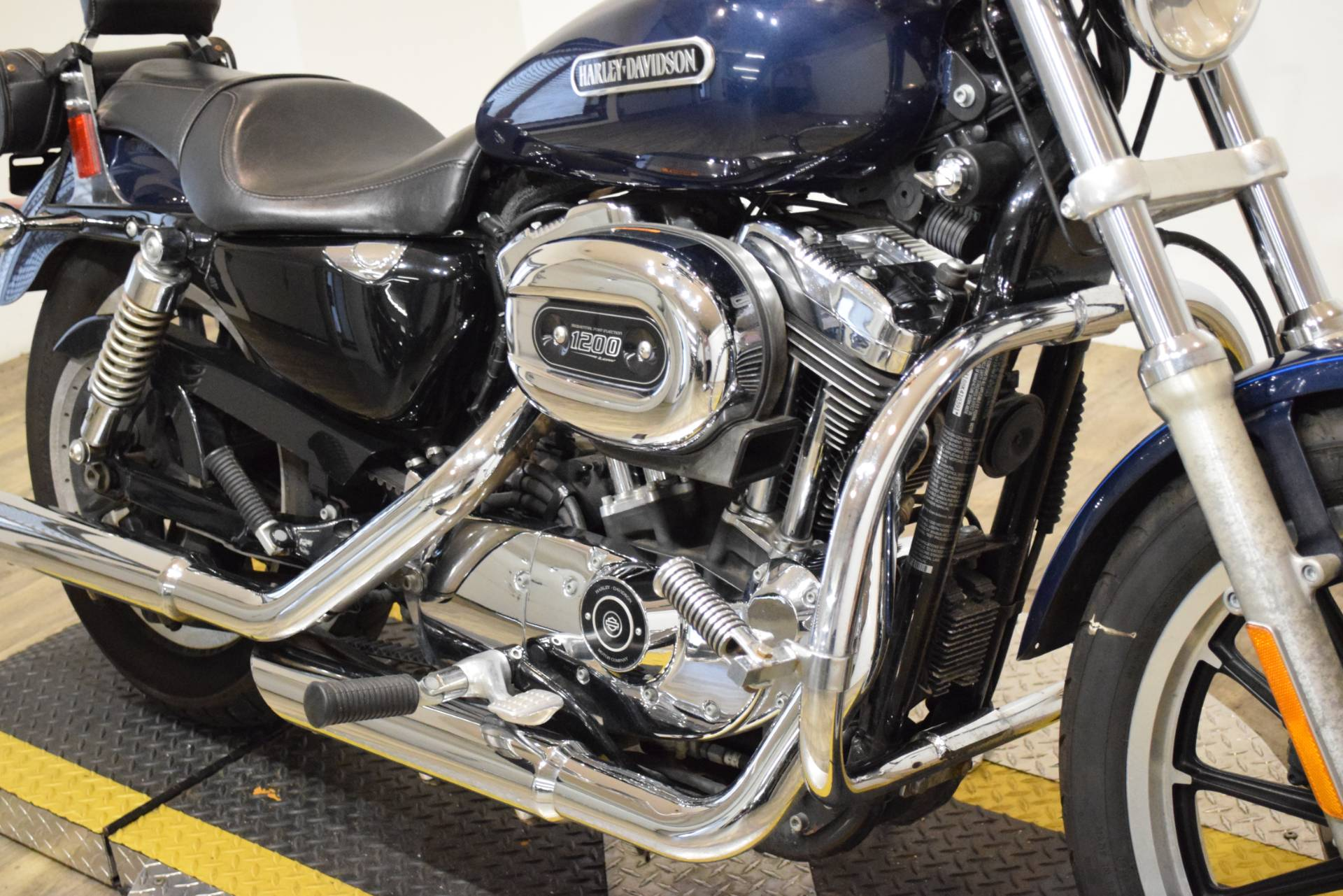 2008 Harley-Davidson Sportster® 1200 Low in Wauconda, Illinois - Photo 4