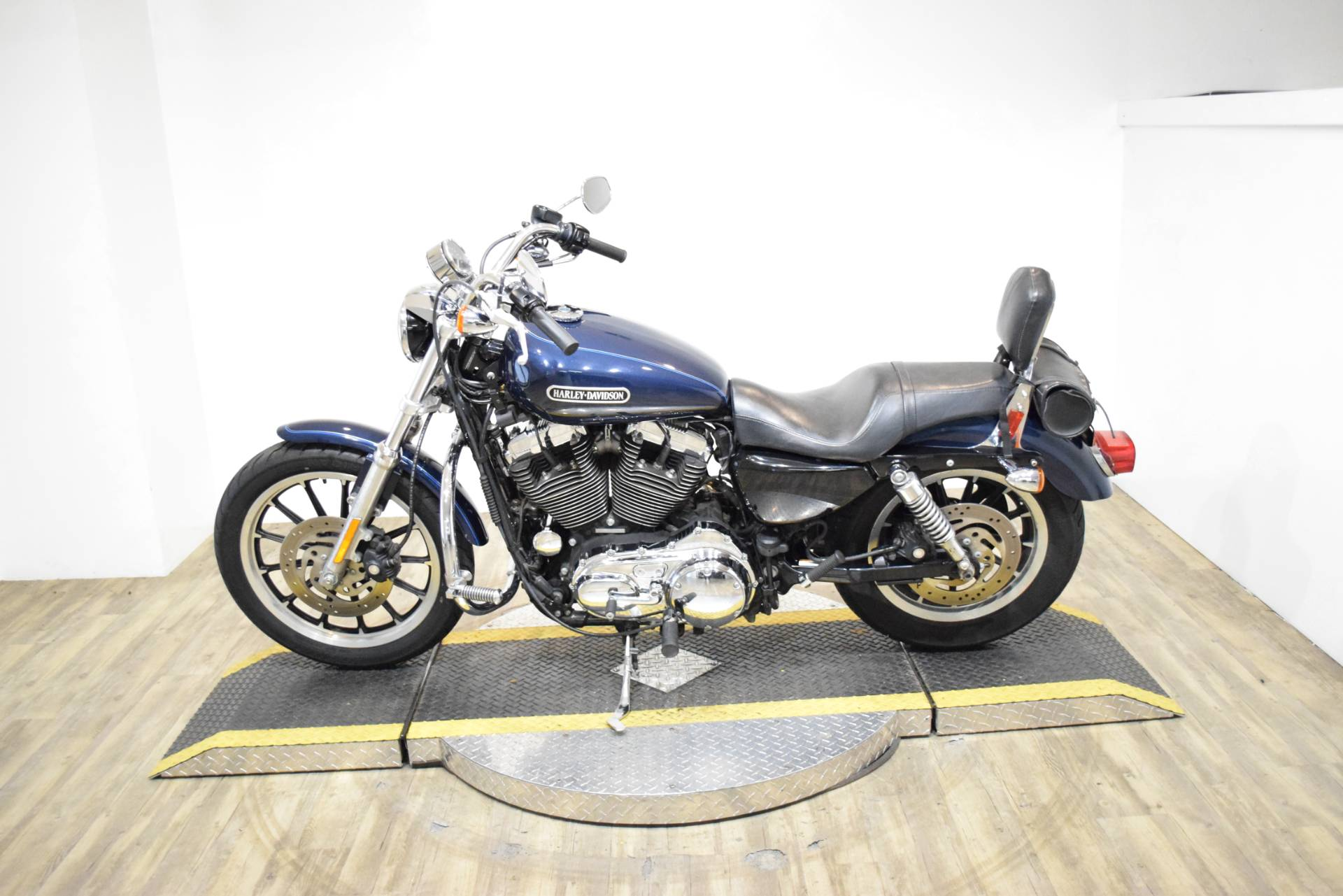 2008 Harley-Davidson Sportster® 1200 Low in Wauconda, Illinois - Photo 16
