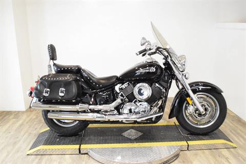 2009 Yamaha V Star 1100 silverado in Wauconda, Illinois - Photo 1