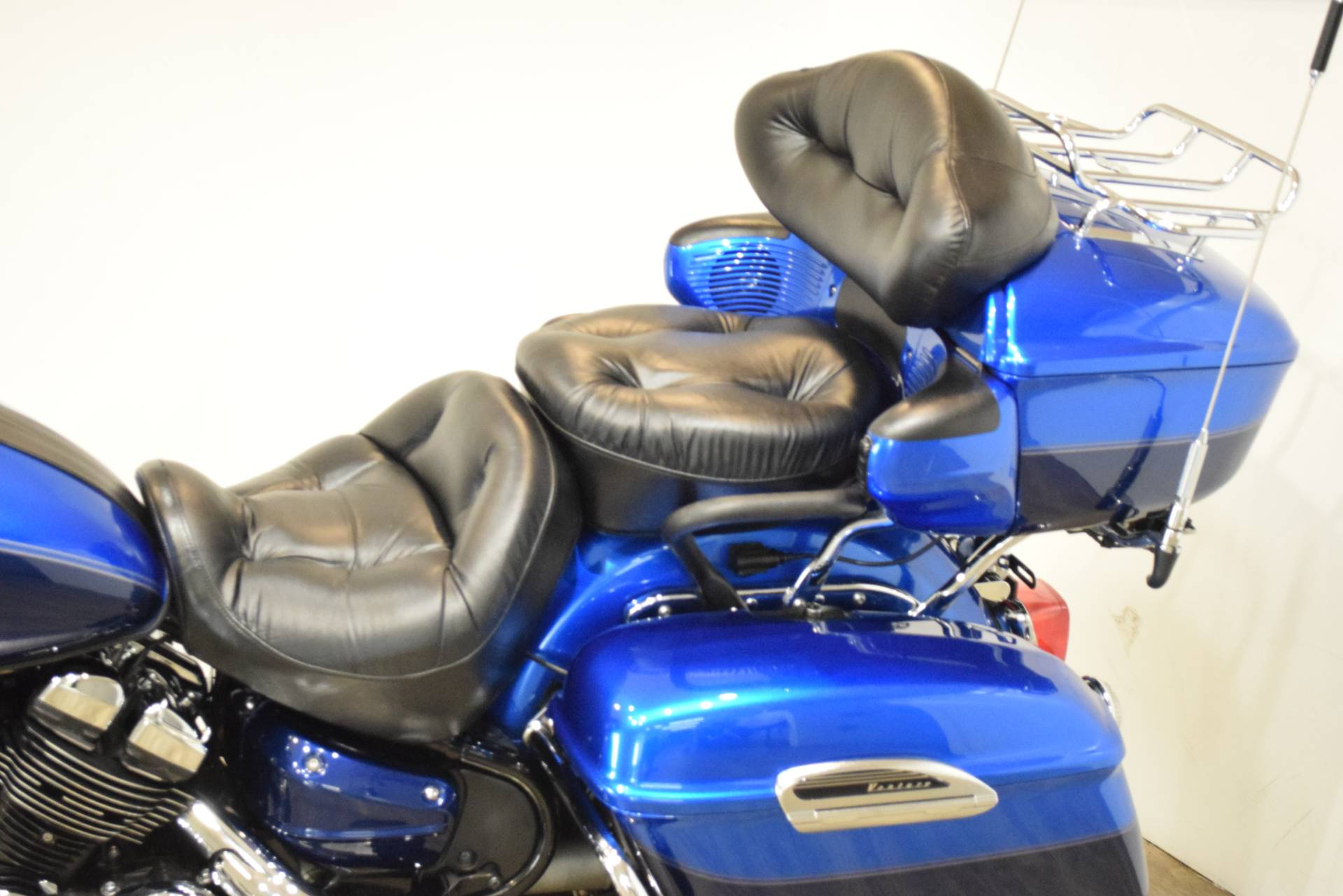 2011 Yamaha Royal Star Venture S in Wauconda, Illinois - Photo 17