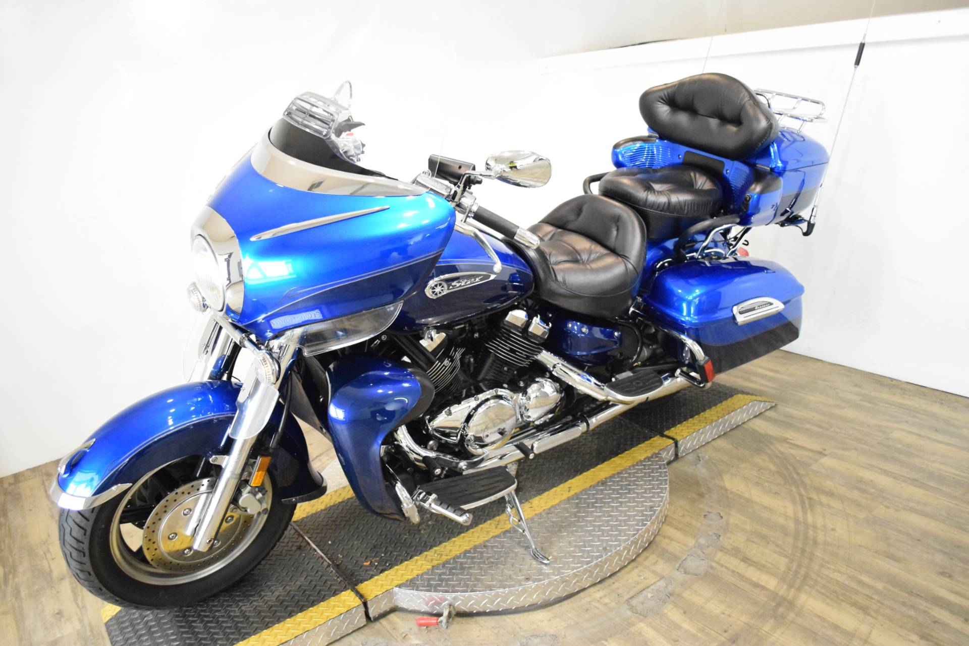 2011 Yamaha Royal Star Venture S in Wauconda, Illinois - Photo 22