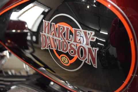 2002 Harley-Davidson FLHTC/FLHTCI Electra Glide® Classic in Wauconda, Illinois - Photo 5