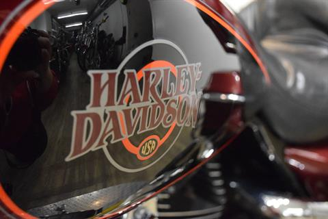 2002 Harley-Davidson FLHTC/FLHTCI Electra Glide® Classic in Wauconda, Illinois - Photo 22