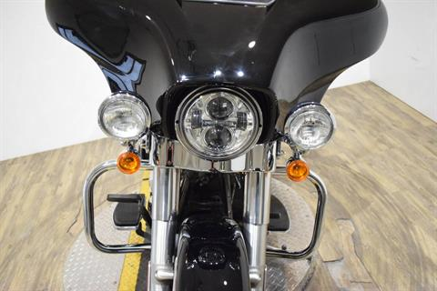 2015 Harley-Davidson Police Electra Glide® in Wauconda, Illinois - Photo 12
