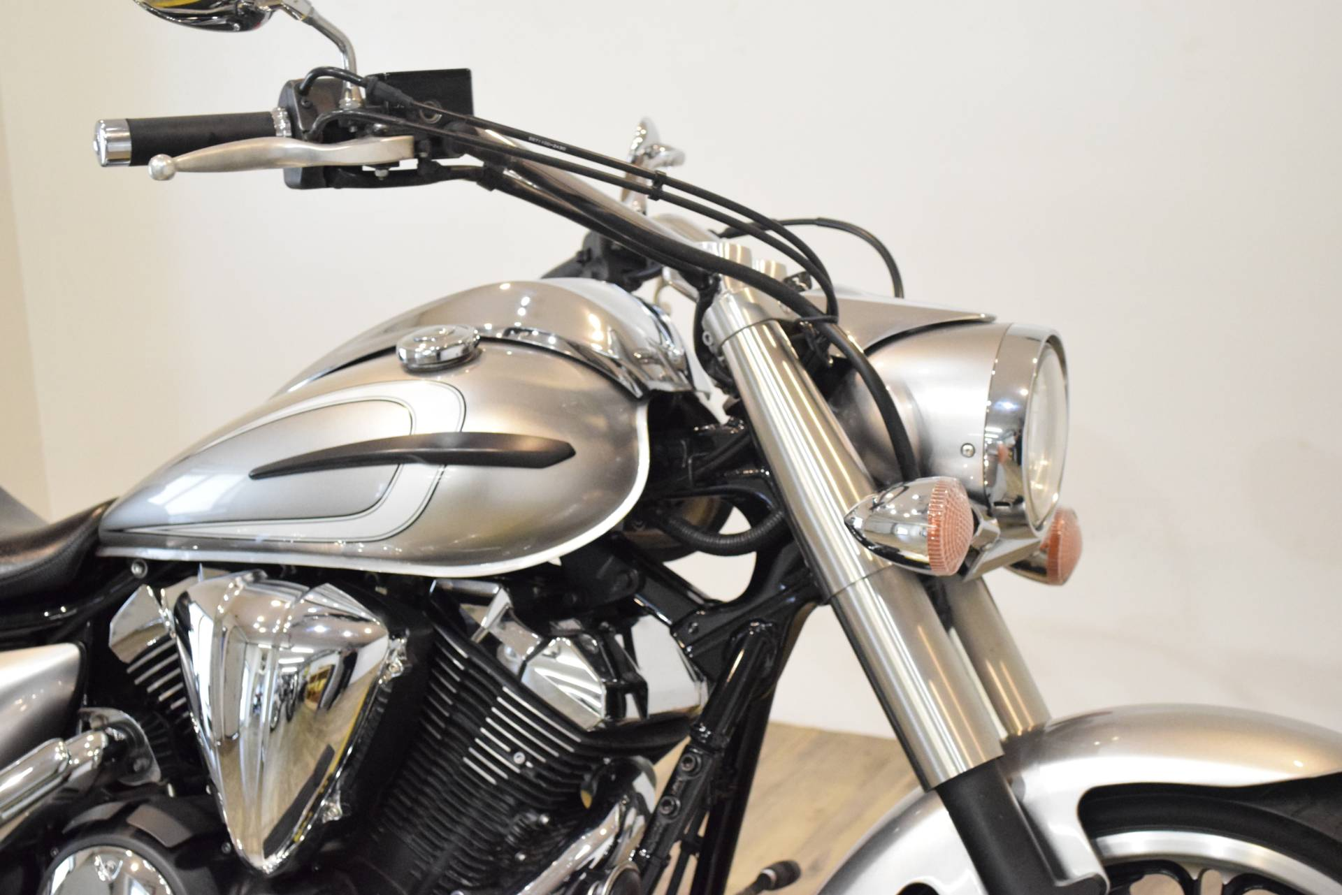 2012 Yamaha V Star 950  in Wauconda, Illinois - Photo 3