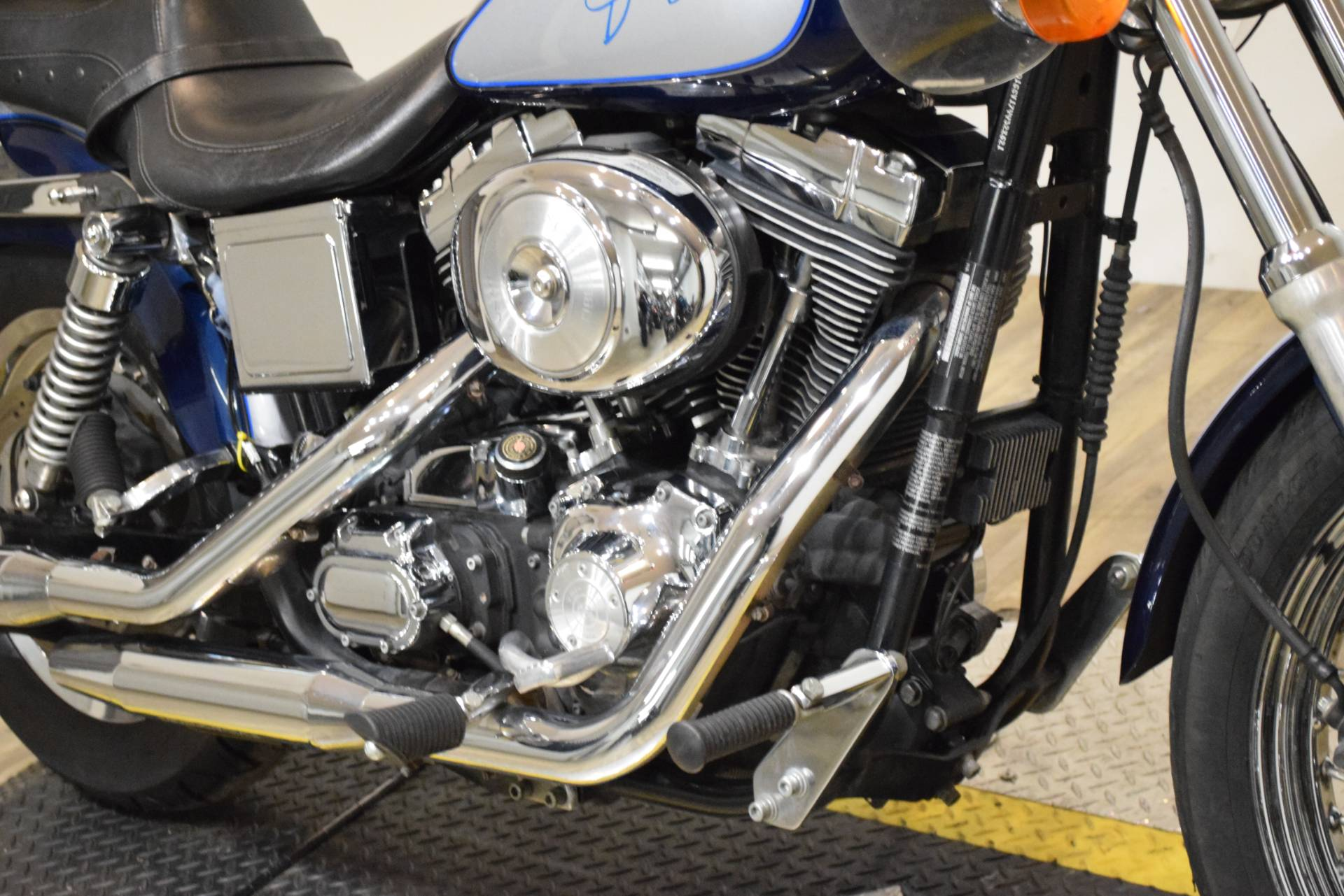 2000 Harley-Davidson Dyna Convertible in Wauconda, Illinois - Photo 4