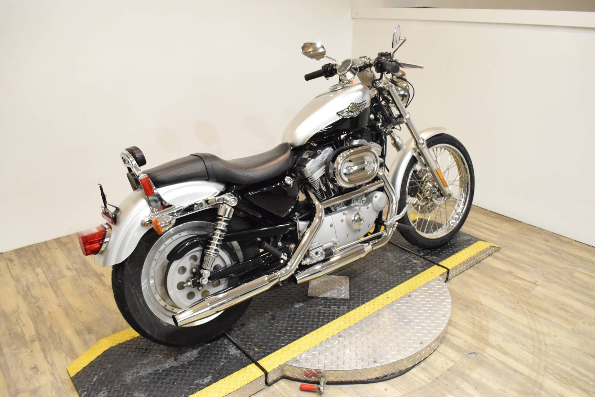 2003 Harley-Davidson XL 883C Sportster® Custom in Wauconda, Illinois - Photo 11