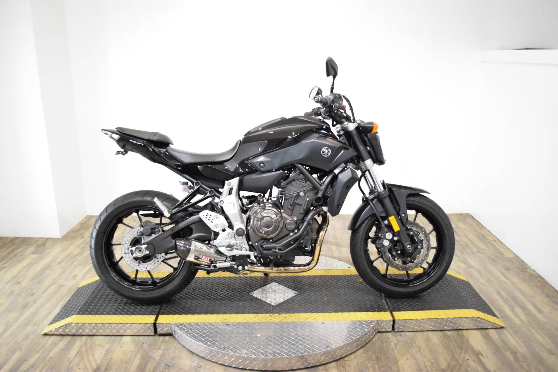 2016 Yamaha FZ-07 in Wauconda, Illinois - Photo 1