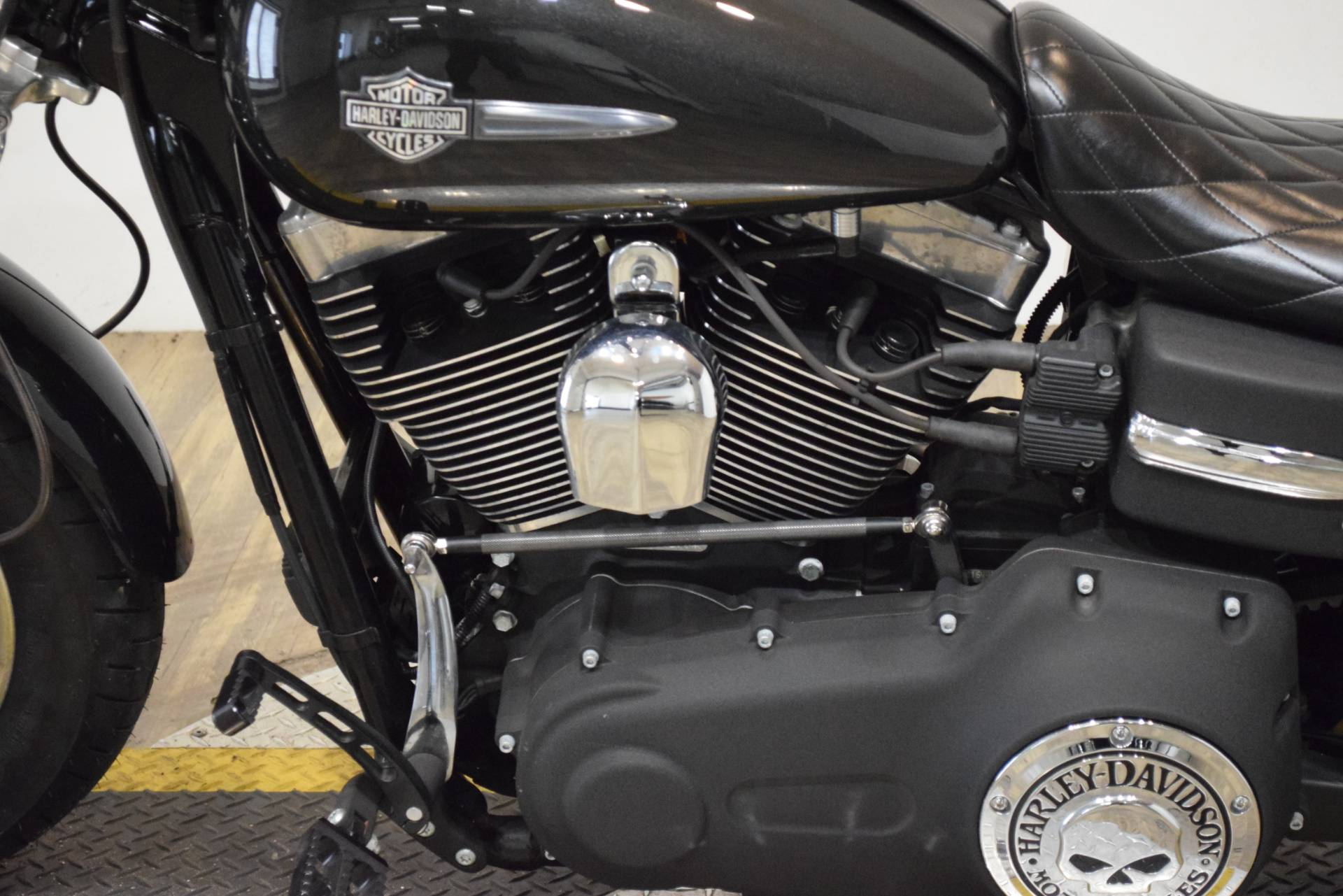 2008 Harley-Davidson Dyna® Fat Bob™ in Wauconda, Illinois - Photo 18