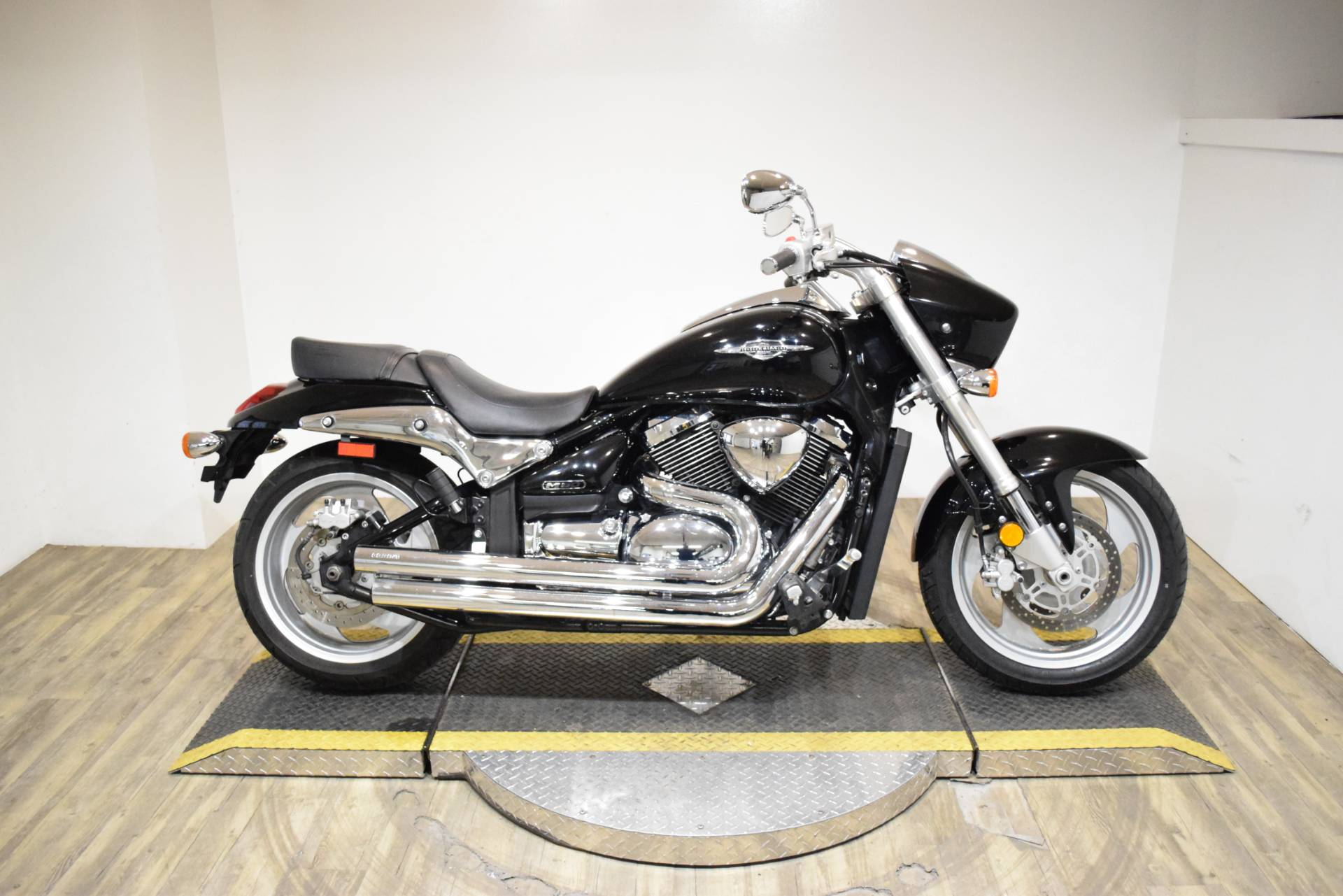 2009 Suzuki Boulevard M90 in Wauconda, Illinois - Photo 1