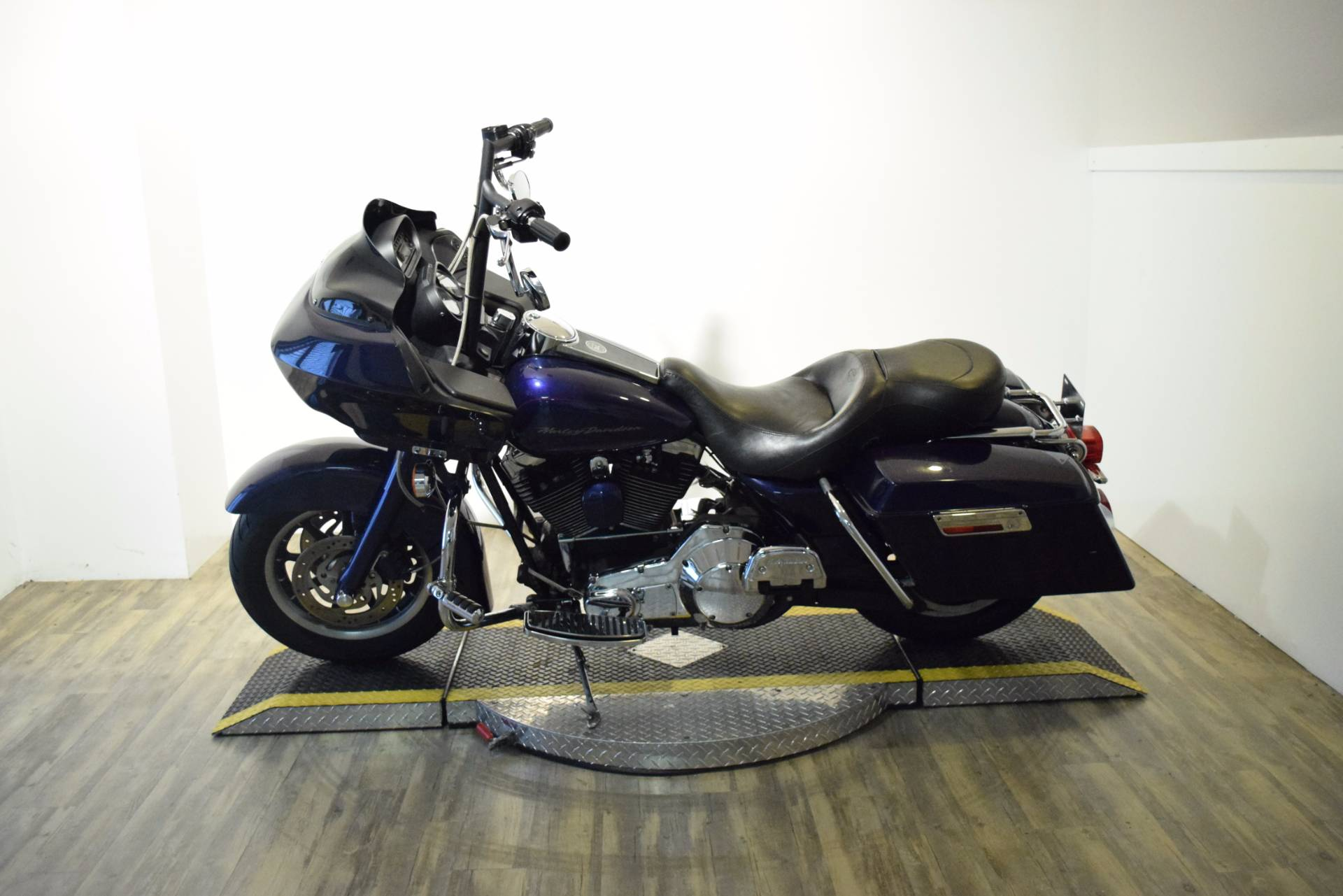 2000 Harley-Davidson Road Glide in Wauconda, Illinois