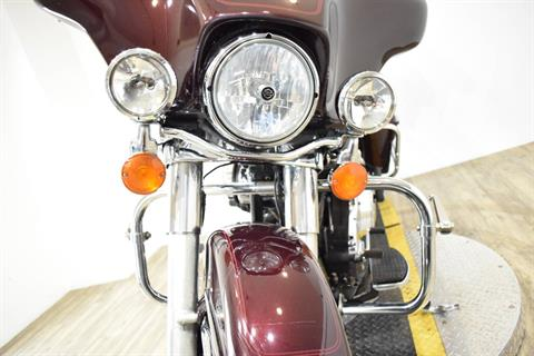 2005 Harley-Davidson FLHTC/FLHTCI Electra Glide® Classic in Wauconda, Illinois - Photo 14