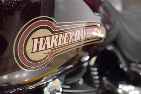 2005 Harley-Davidson FLHTC/FLHTCI Electra Glide® Classic in Wauconda, Illinois - Photo 22