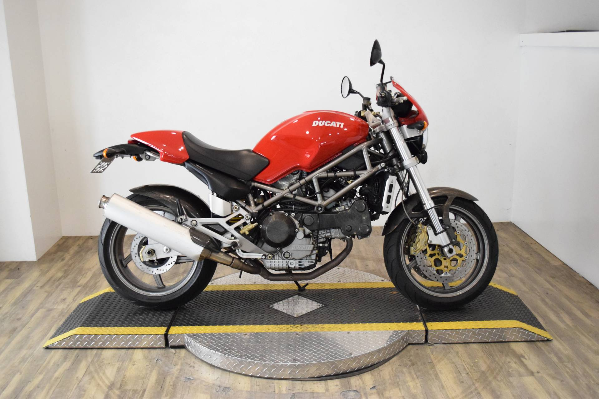 2001 Ducati 900 S4 in Wauconda, Illinois - Photo 1