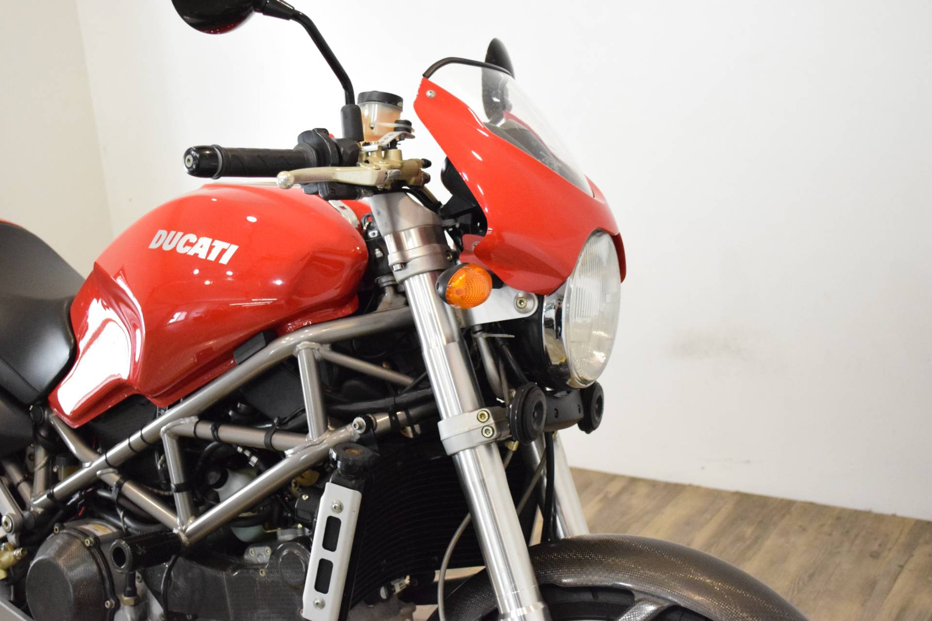 2001 Ducati 900 S4 in Wauconda, Illinois - Photo 3