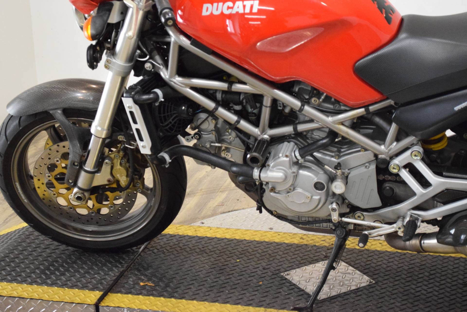 2001 Ducati 900 S4 in Wauconda, Illinois - Photo 19