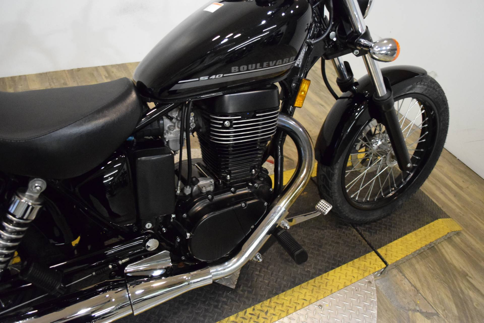2017 Suzuki Boulevard S40 in Wauconda, Illinois - Photo 6