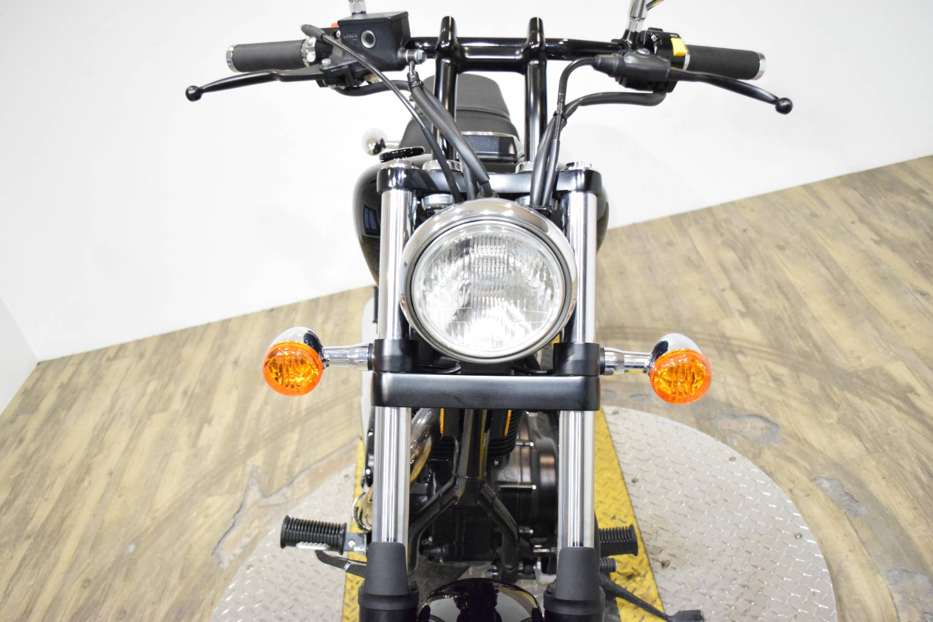 2017 Suzuki Boulevard S40 in Wauconda, Illinois - Photo 12