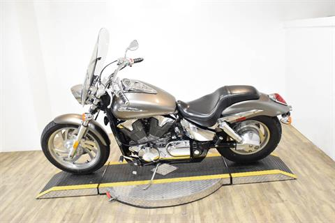 2005 Honda VTX™ 1300C in Wauconda, Illinois