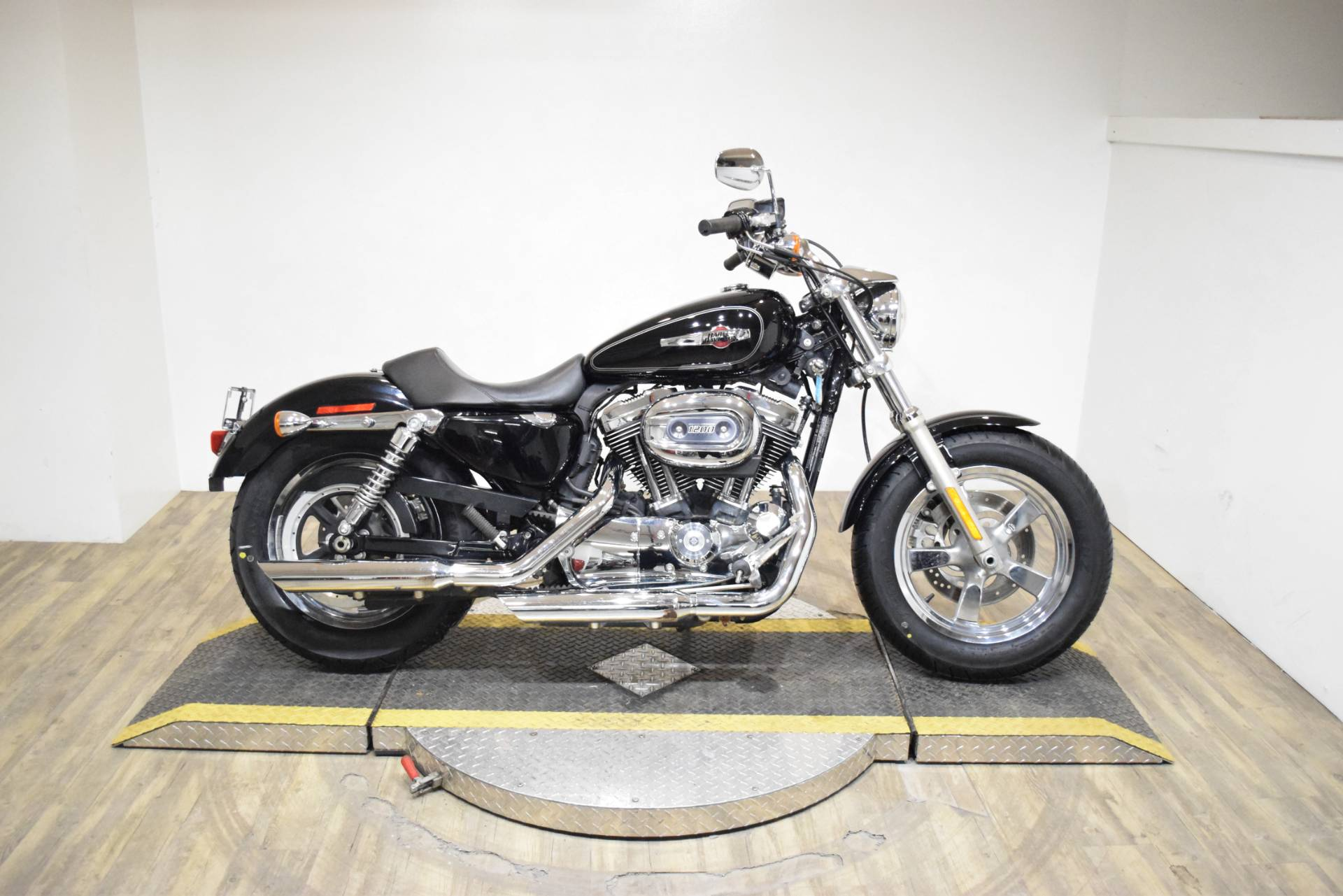 2013 Harley-Davidson Sportster® 1200 Custom in Wauconda, Illinois - Photo 1