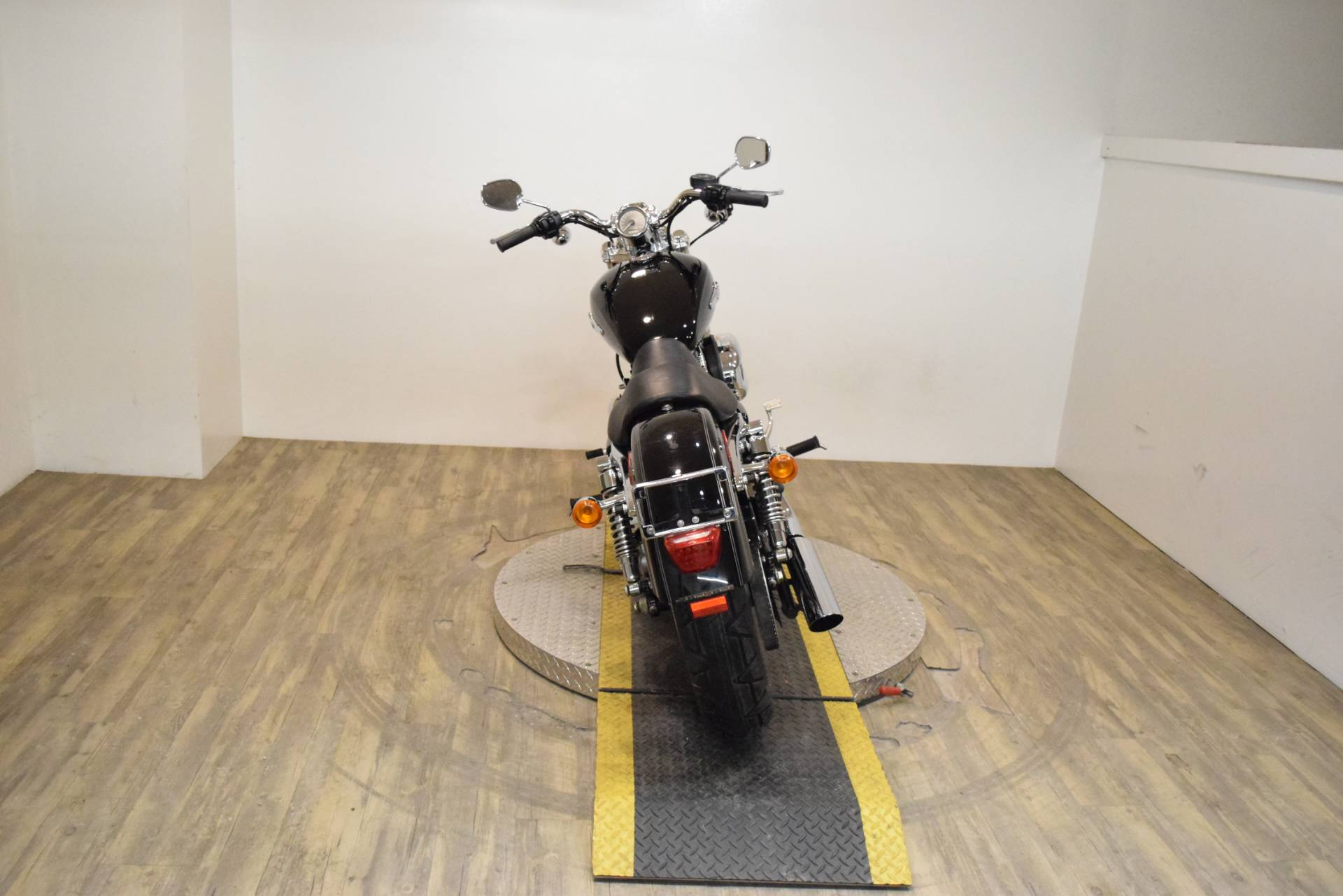 2013 Harley-Davidson Sportster® 1200 Custom in Wauconda, Illinois - Photo 23