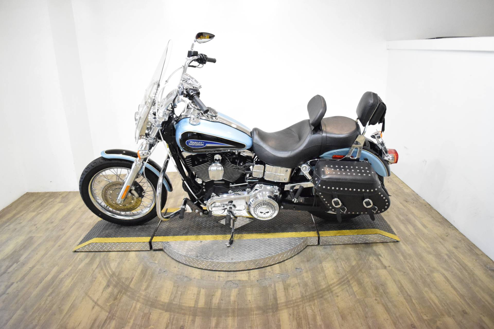 2007 Harley-Davidson Dyna® Low Rider® in Wauconda, Illinois - Photo 15