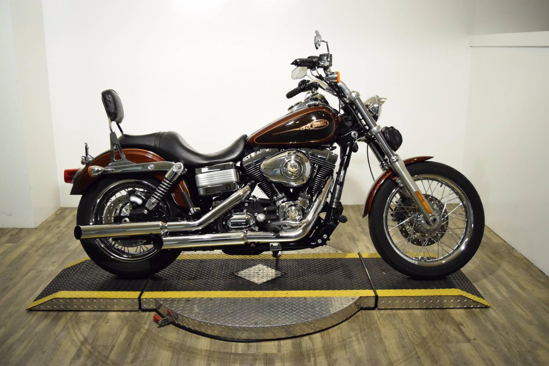 2009 Harley-Davidson Dyna Low Rider 1