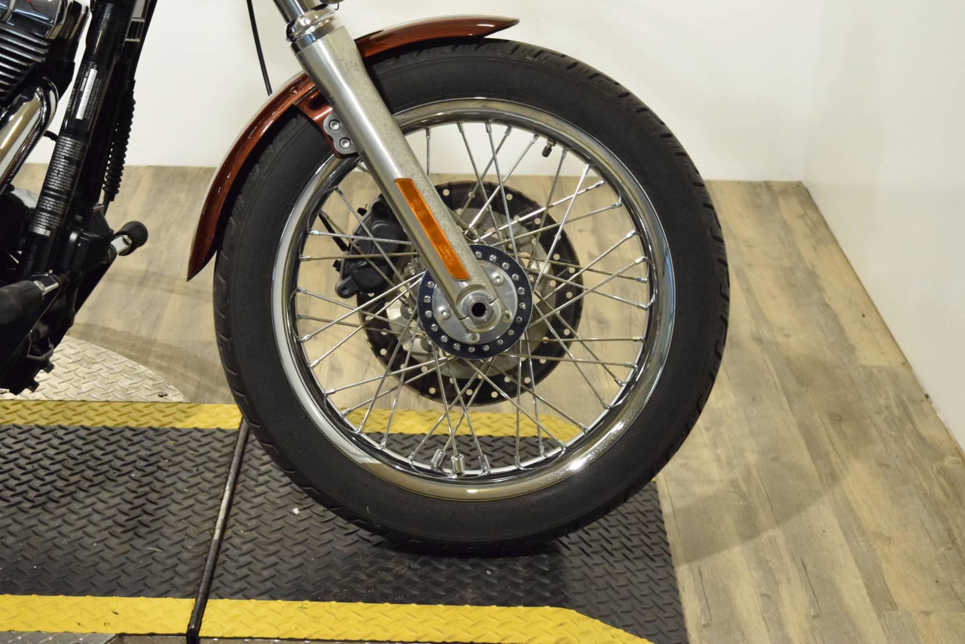 2009 Harley-Davidson Dyna Low Rider 2
