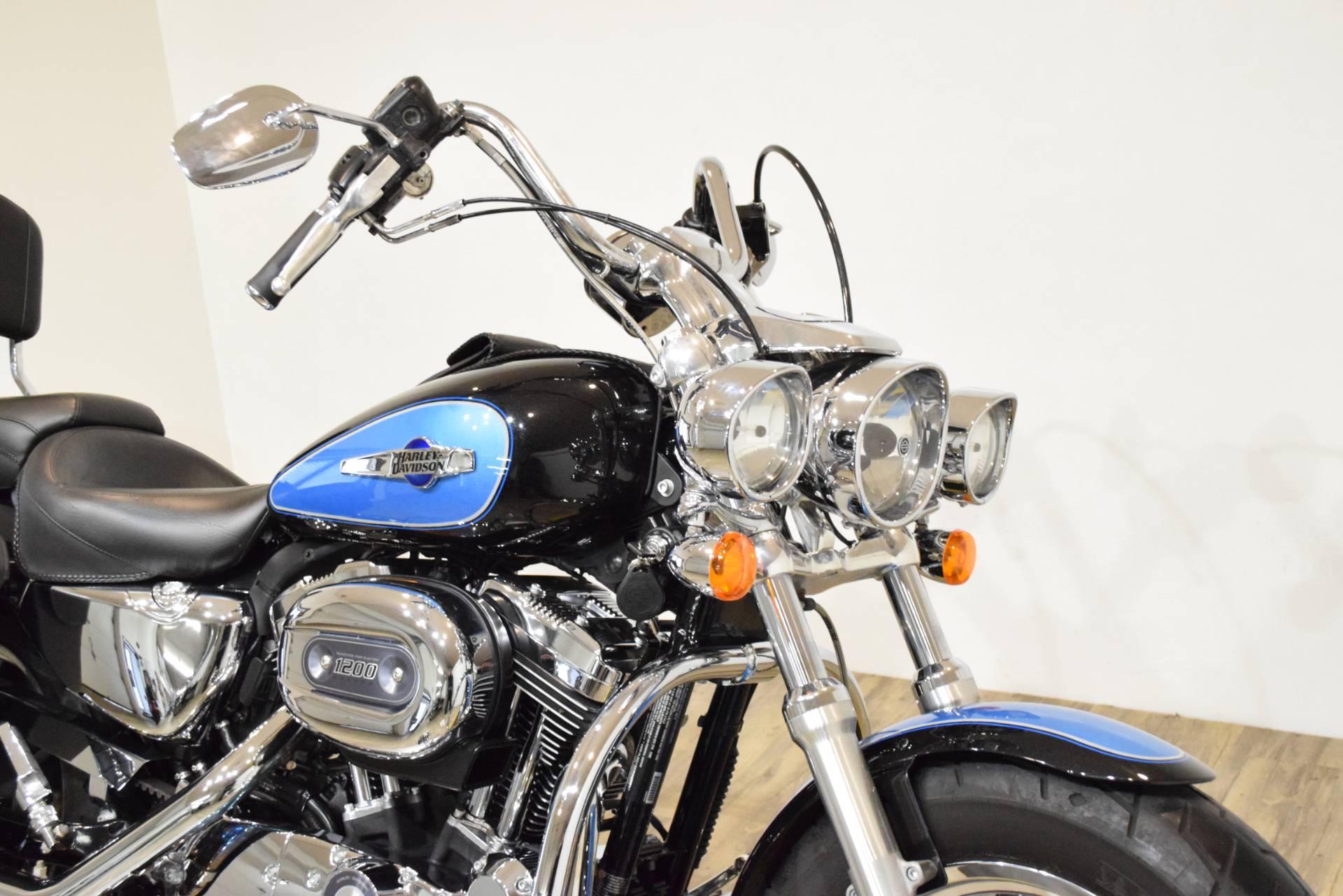 2012 Harley-Davidson XL1200C 3