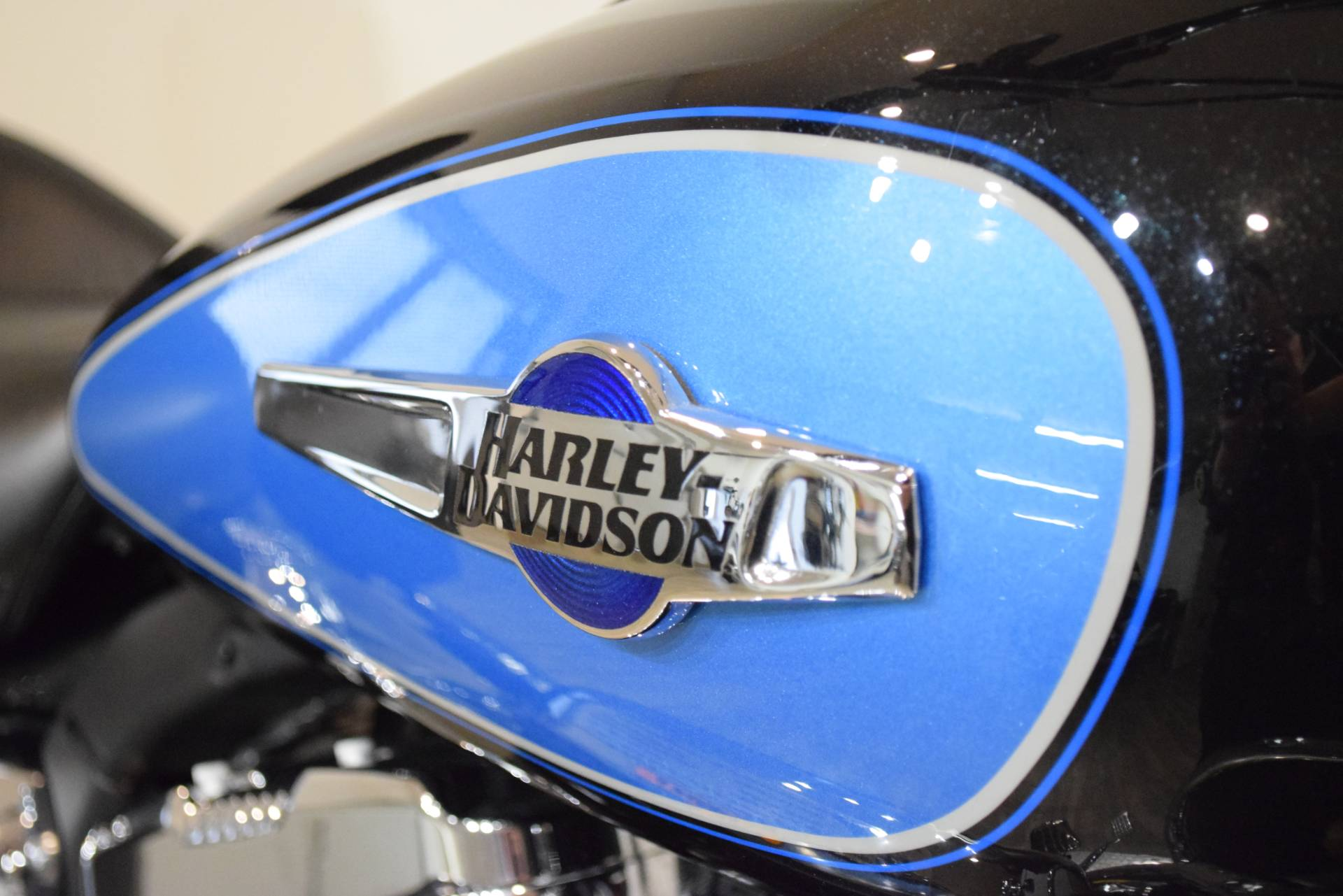 2012 Harley-Davidson XL1200C 5