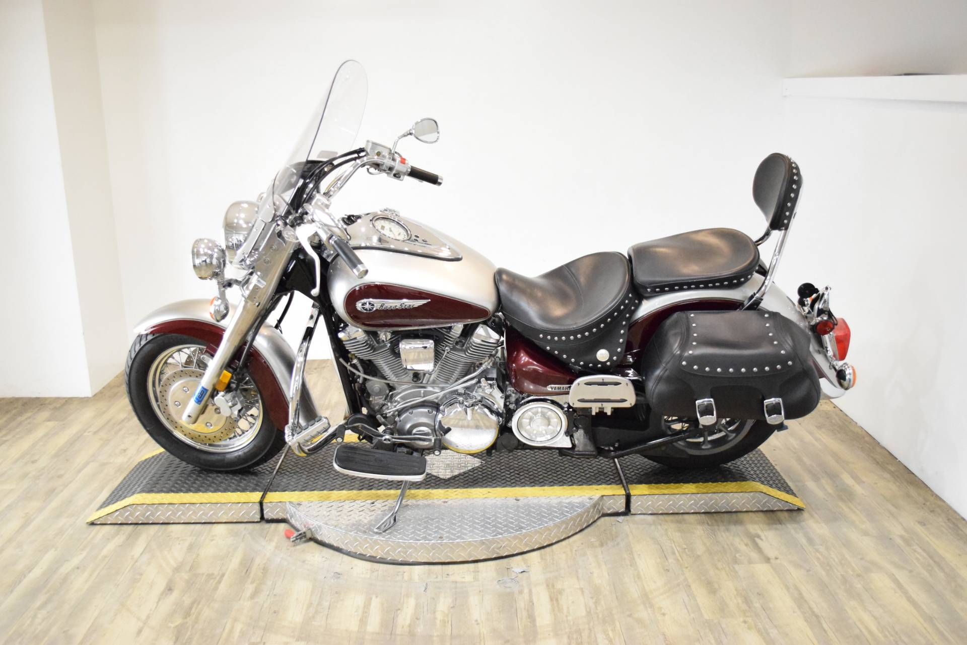 2003 Yamaha Road Star 1600 in Wauconda, Illinois - Photo 17