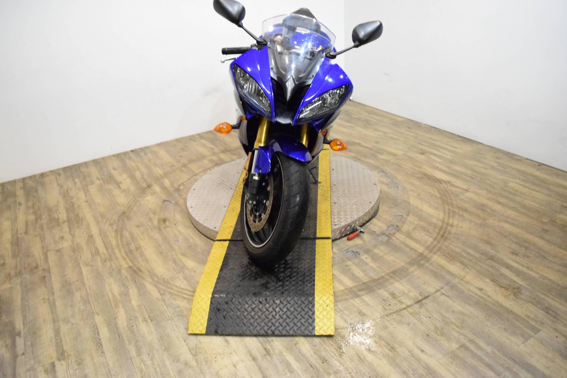 2012 Yamaha YZF R6 10